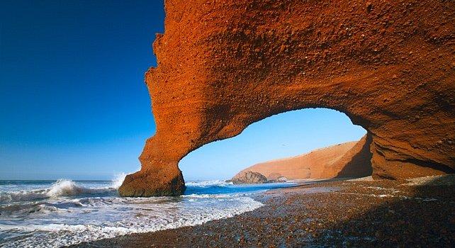 знаменитая каменная арка