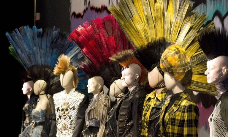 показы мод детских коллекций одежд