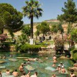 Памуккале и бассейн Клеопатры в Турции