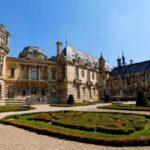 Экскурсии во Франции — Замок Шантийи и музей лошадей