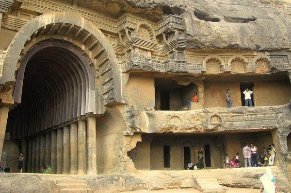 Пещерные храмы
