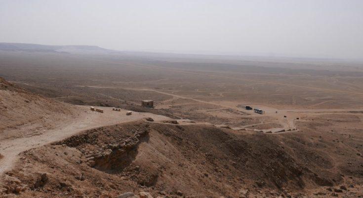 Гробница Адам-Хана