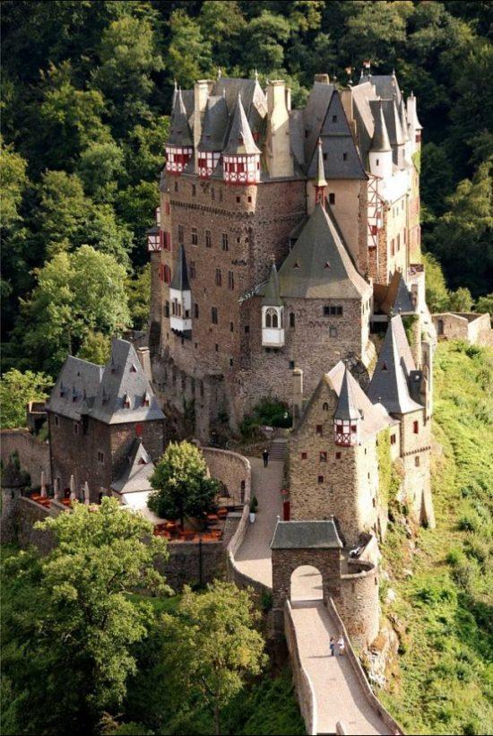 Замок Эльц на Мозеле