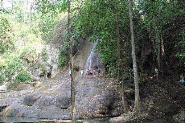 водопад Сай Йок